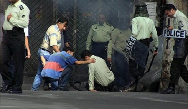 IRAN: LES MANIFESTATIONS CONTINUENT